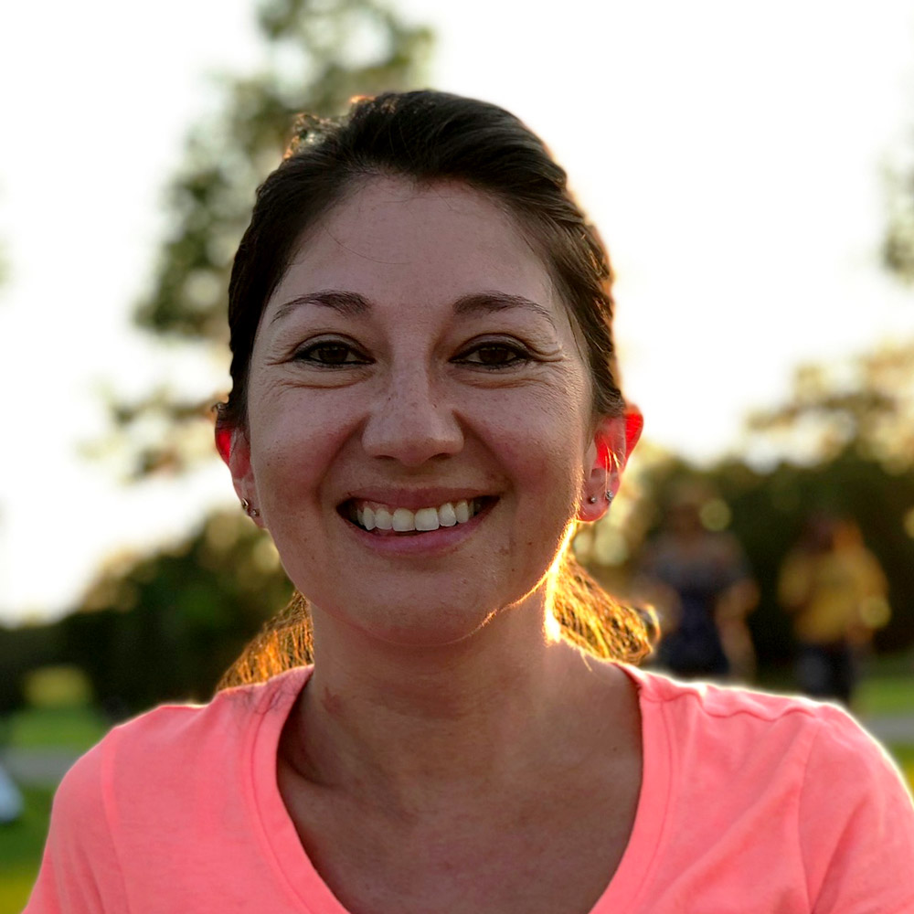 Tania                       León